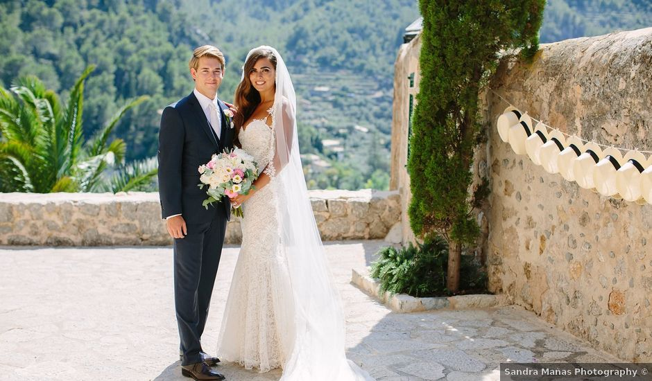 Jake and Nicola's Wedding in Palma de Mallorca, Spain