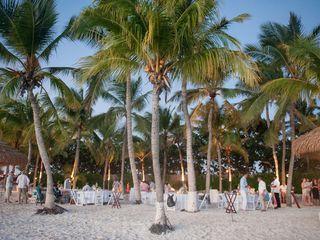 Rachael and Bryan's Wedding in Oranjestad, Aruba 15