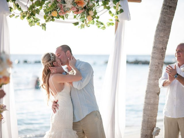 Rachael and Bryan's Wedding in Oranjestad, Aruba 12