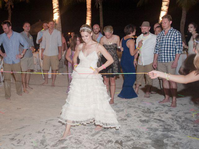 Rachael and Bryan's Wedding in Oranjestad, Aruba 19