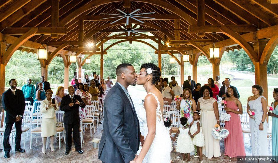 Amaliko and Rashanda's Wedding in Sevierville, Tennessee