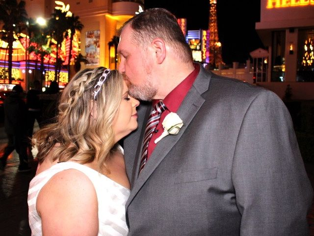Lindsey and Ryan's Wedding in Las Vegas, Nevada 6