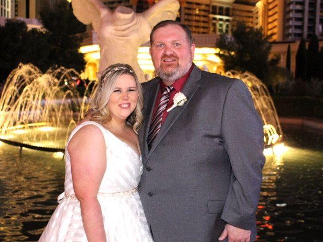 Lindsey and Ryan's Wedding in Las Vegas, Nevada 9