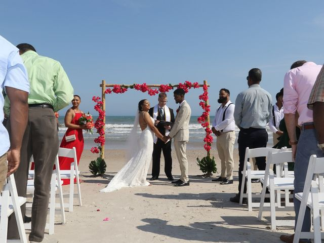Jaylen Gentry and Chelsea Gentry's Wedding in Topsail Beach, North Carolina 2