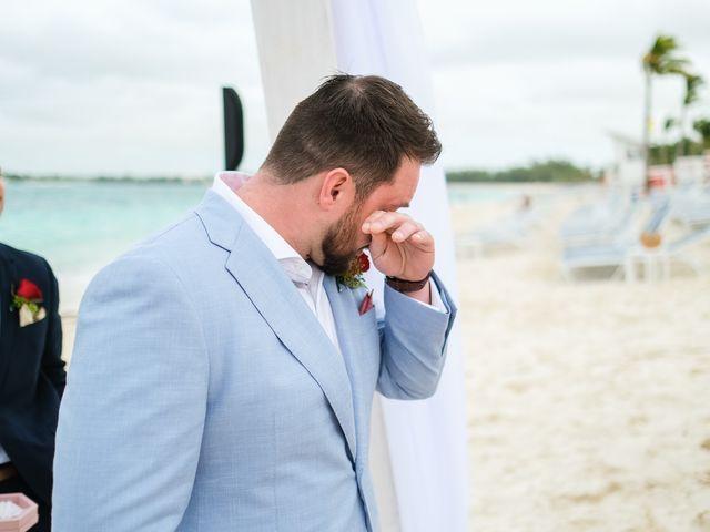 Robin and Conrad's Wedding in Nassau, Bahamas 9