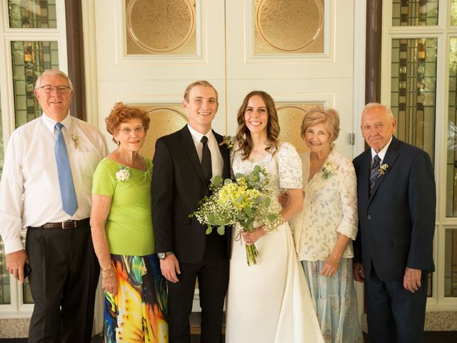 Spencer and Hannah's Wedding in Las Vegas, Nevada 9