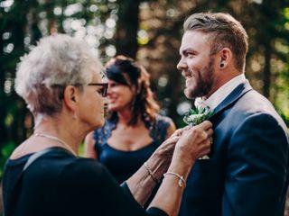 Chaya and Chase's Wedding in Lutsen, Minnesota 3