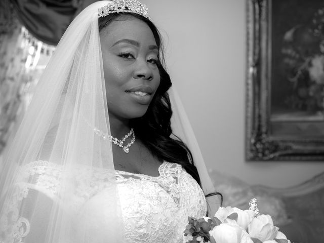 Ceolices and Myesha's Wedding in Warren, Michigan 7