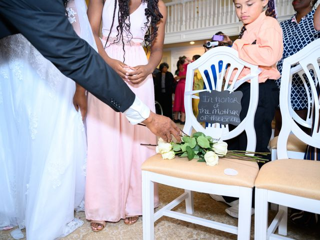 Ceolices and Myesha's Wedding in Warren, Michigan 11