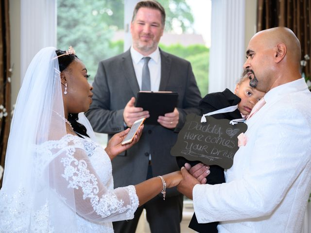 Ceolices and Myesha's Wedding in Warren, Michigan 13