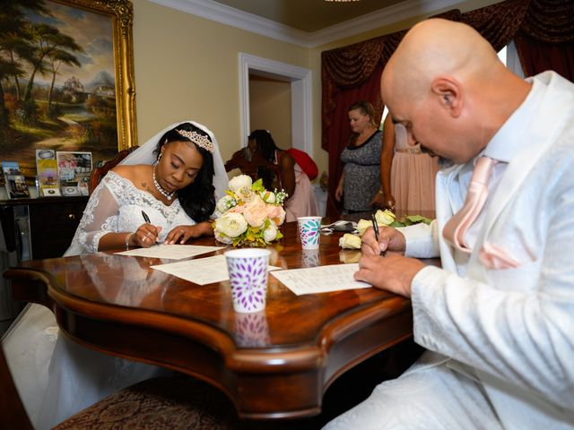 Ceolices and Myesha's Wedding in Warren, Michigan 18