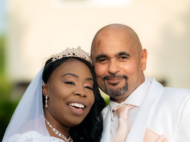 Ceolices and Myesha's Wedding in Warren, Michigan 19