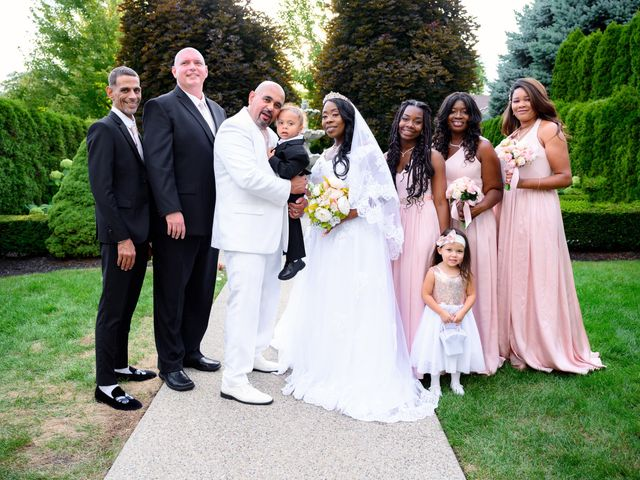 Ceolices and Myesha's Wedding in Warren, Michigan 21