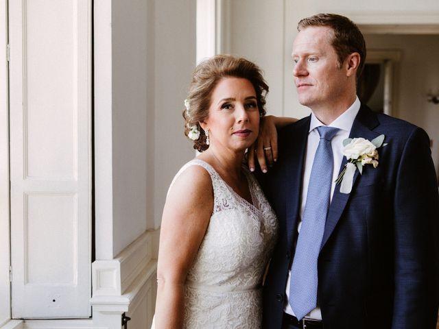 The wedding of Lynda and Mark