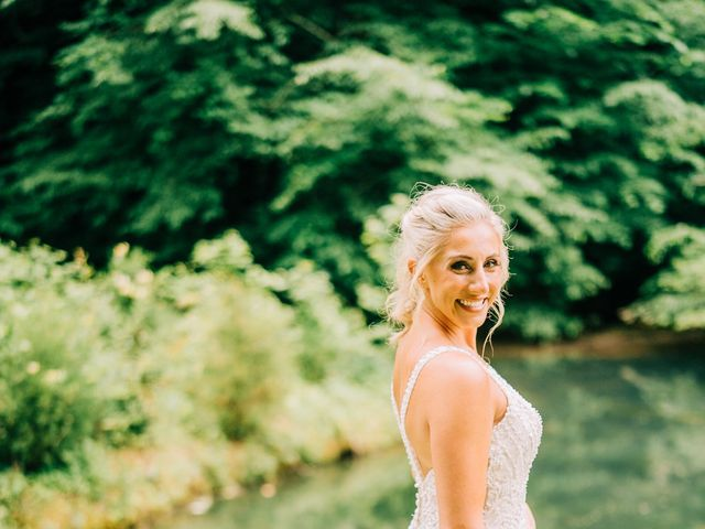 Scott and Nicole's Wedding in Knoxville, Tennessee 19