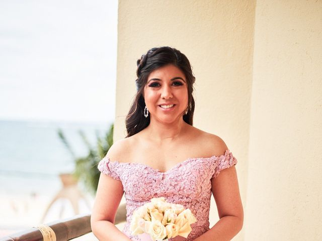 Liz and Roosvel's Wedding in Cancun, Mexico 19