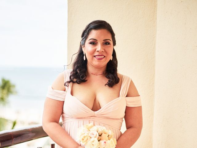 Liz and Roosvel's Wedding in Cancun, Mexico 22