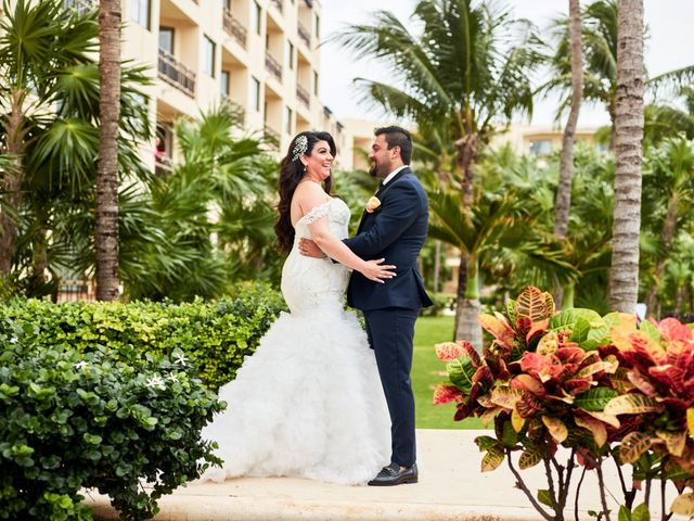 Liz and Roosvel's Wedding in Cancun, Mexico 27
