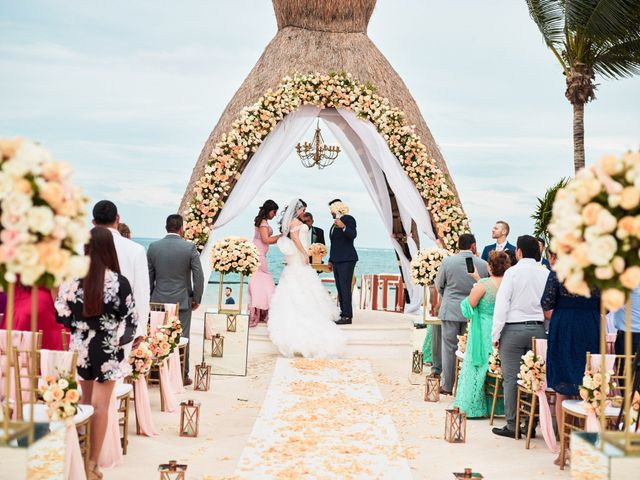 Liz and Roosvel's Wedding in Cancun, Mexico 47