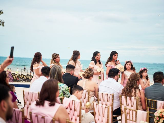 Liz and Roosvel's Wedding in Cancun, Mexico 51