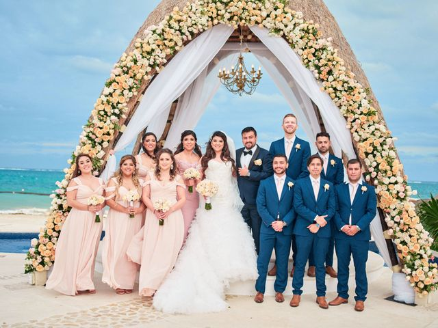 Liz and Roosvel's Wedding in Cancun, Mexico 55