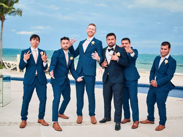 Liz and Roosvel's Wedding in Cancun, Mexico 58