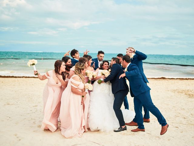 Liz and Roosvel's Wedding in Cancun, Mexico 60