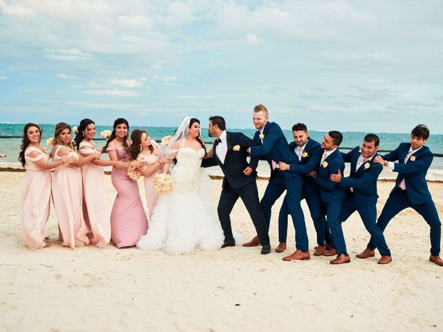 Liz and Roosvel's Wedding in Cancun, Mexico 62