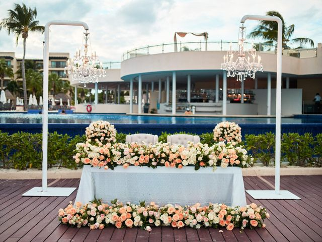 Liz and Roosvel's Wedding in Cancun, Mexico 74