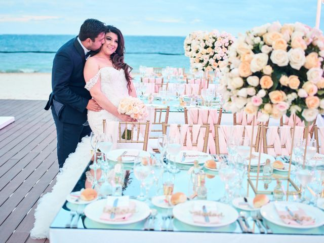Liz and Roosvel's Wedding in Cancun, Mexico 80