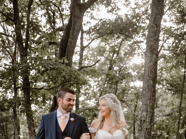 Tyler and Jane's Wedding in Pigeon Forge, Tennessee 9