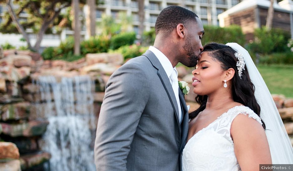 Stephanie and Brian's Wedding in Galveston, Texas
