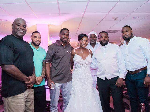 Les and Tumeka's Wedding in Saint Petersburg, Florida 4