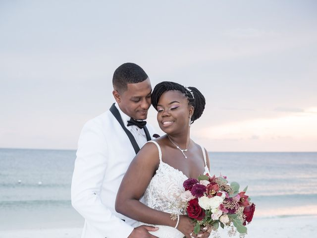 Les and Tumeka's Wedding in Saint Petersburg, Florida 24