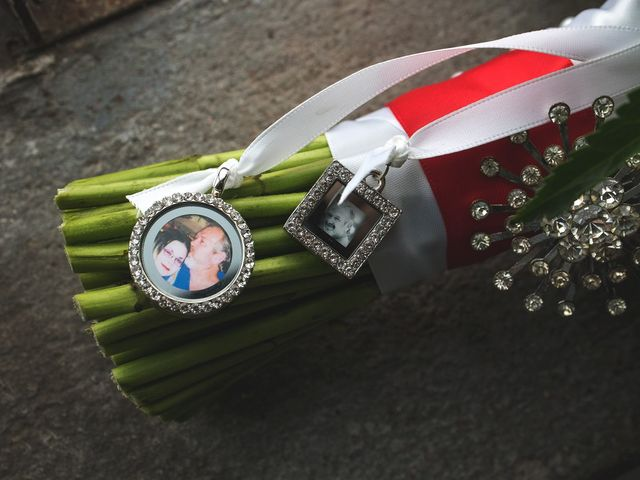 Jason and Brandi's Wedding in Houston, Texas 14