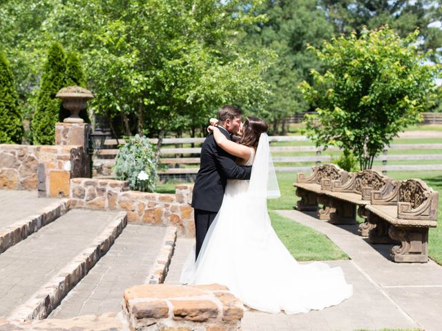 Tanner and Lindsey's Wedding in Fayetteville, Arkansas 8