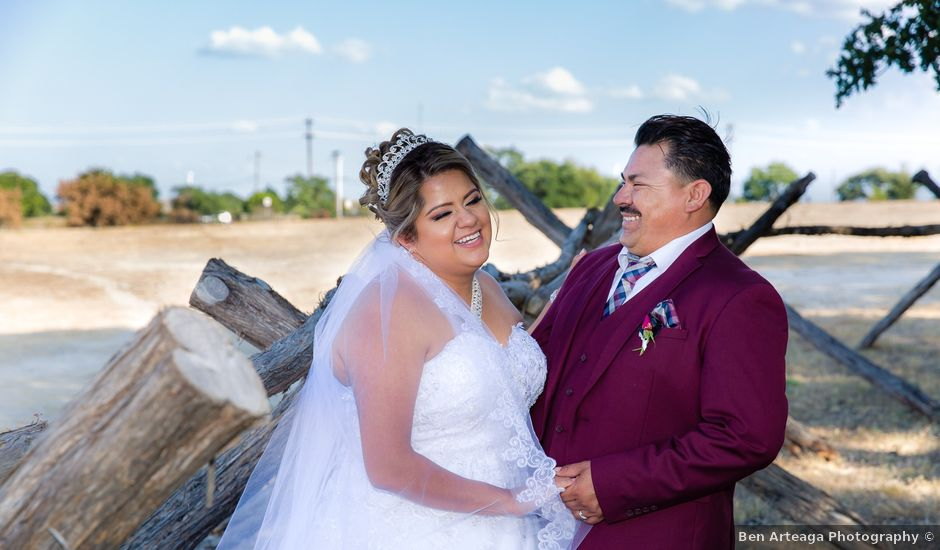 Jessica and Lauro's Wedding in Dripping Springs, Texas