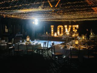 The wedding of Mirna and Askam 2