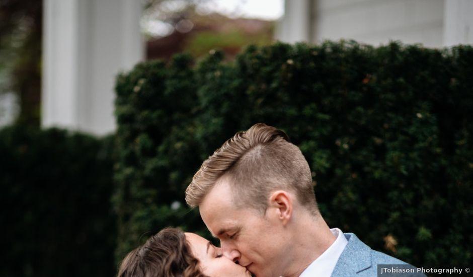 Jackson and Molly's Wedding in Seattle, Washington