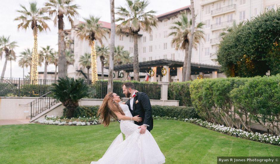 Aryssa and Taylor's Wedding in Galveston, Texas
