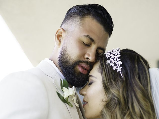 Rafael and Cindy's Wedding in Islamorada, Florida 4