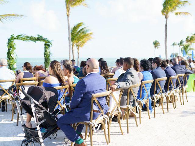 Rafael and Cindy's Wedding in Islamorada, Florida 9