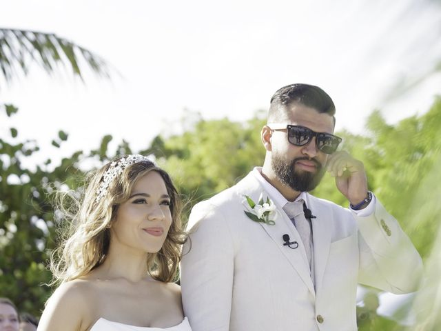 Rafael and Cindy's Wedding in Islamorada, Florida 12