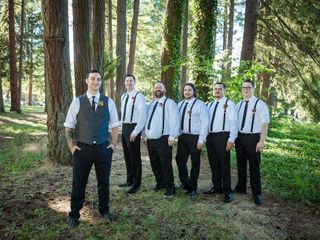 Tom and Whitney's Wedding in Camas Valley, Oregon 3