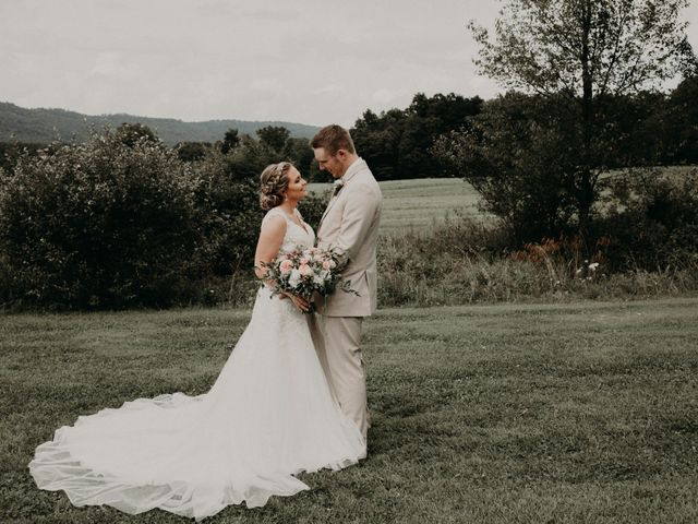 The wedding of Taelor and Brock
