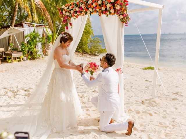 Jess and Pay's Wedding in Isla Mujeres, Mexico 12