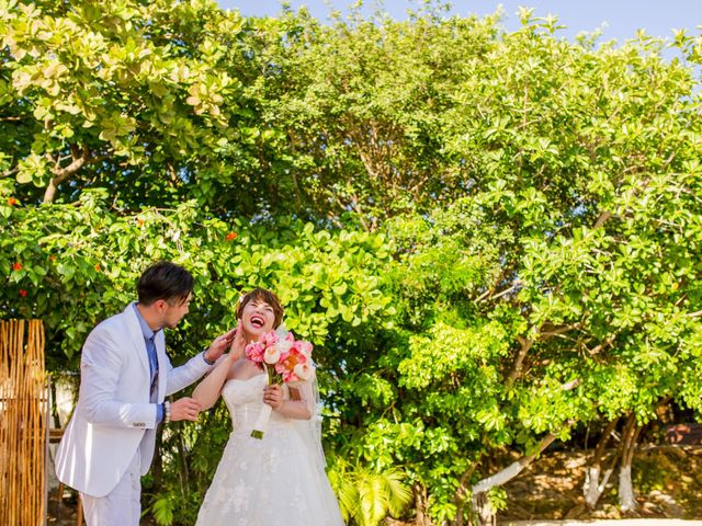 Jess and Pay's Wedding in Isla Mujeres, Mexico 13