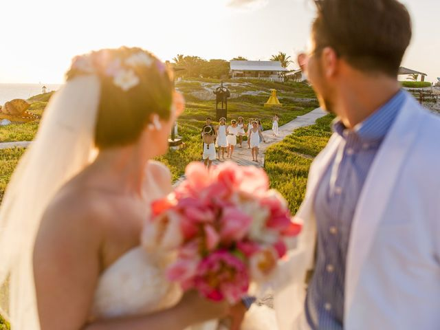 Jess and Pay's Wedding in Isla Mujeres, Mexico 33