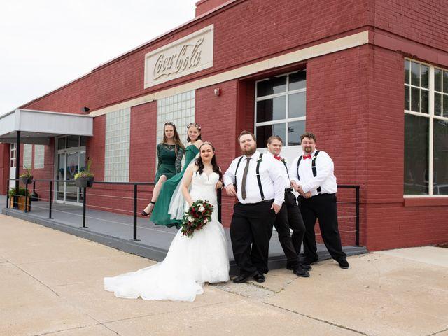 Austin and Marissa's Wedding in Ottawa, Kansas 15