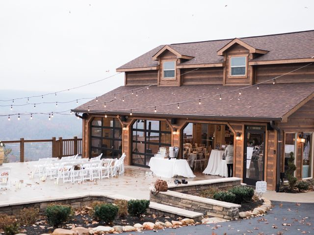 Shawn and Brittany's Wedding in Pigeon Forge, Tennessee 31